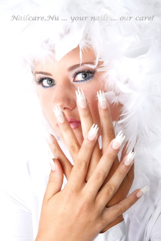 /images/nailgallery/l-covericequeen.jpg